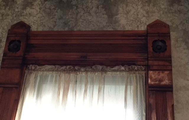 window frame in article