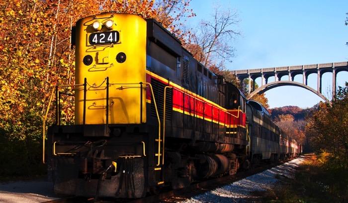 CVSR Train FB
